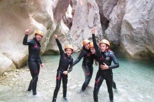 Descenso de barrancos en familia Guara