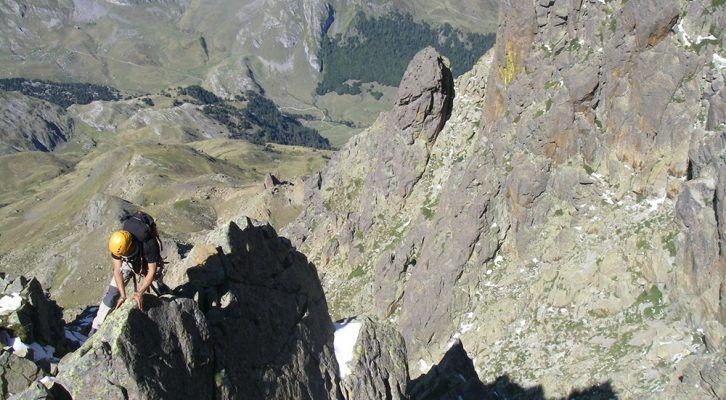 Crestas con guia en Huesca Pirineos