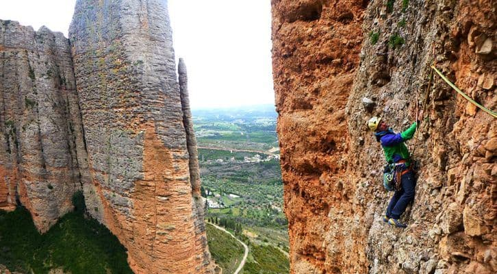 Vías Largas con Guia en Huesca: escaladas a la carta y cursos de formación